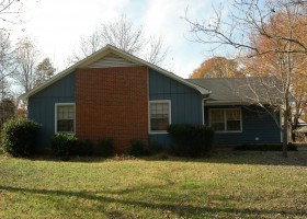 RENTED: House For Rent / 3 bed 1.5 bath / $850 Mt.